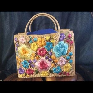 Vintage Woven Tote Bag with Craft Flower Design